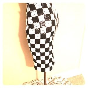 Checkered sequins body flattering skirt